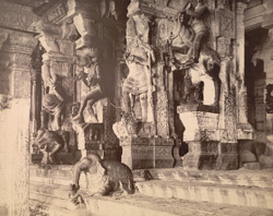 Figures in the Hall of 1000 Pillars, [Minaksi Sundareshvara], Temple, Madura.